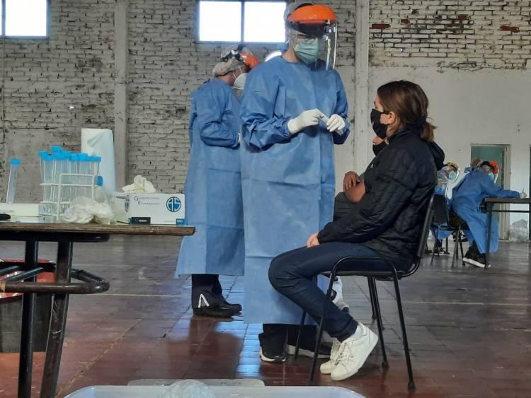 COVID-19 | Miércoles 14/4 - De 1223 muestras, 236 dieron positivo y falleció una persona en La Pampa