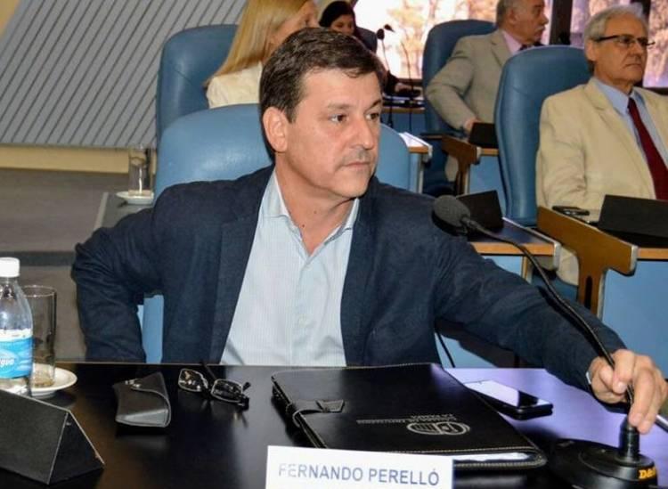 Denuncia por violación y renuncia del precandidato a diputado nacional Fernando Perelló